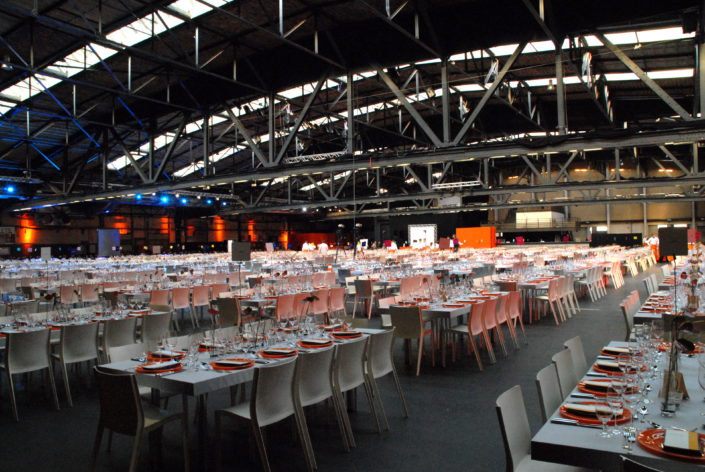 BERLIN – INFORMAL DINNER WITH COOKING SHOW FOR 2000 PARTICIPANTS